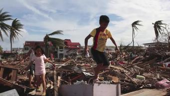 Typhoon Haiyan: PSA by UNICEF Philippines Special Advocate for Children Daphne Oseña-Paez